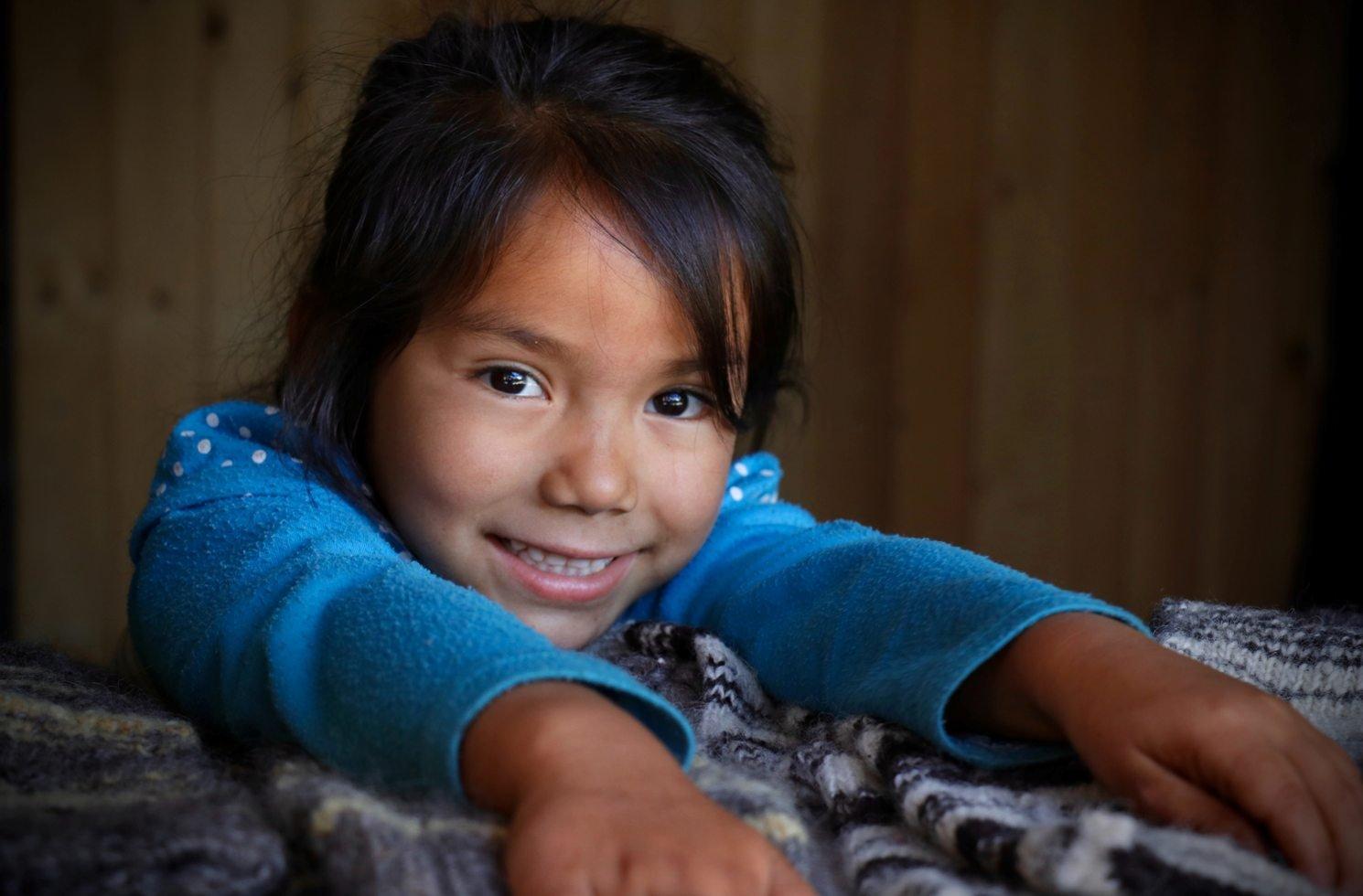 Mädchen in Laguna de Icalma, Chile