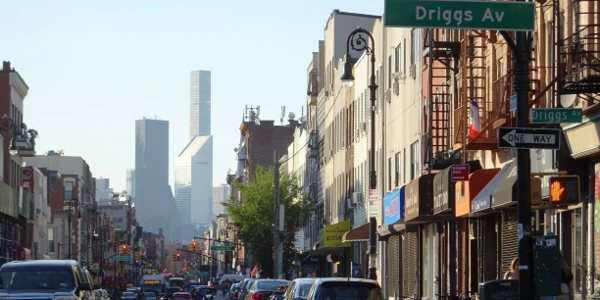 Blick auf die Driggs Av in Brooklyn - New York