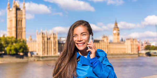 Digital unterwegs mit Telefon und Roaming