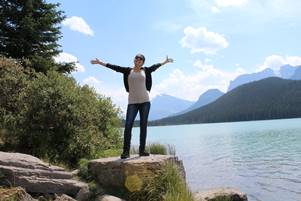 Simone in Banff: Lake Louise Aussicht