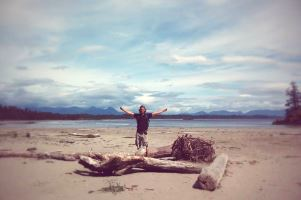 Bogdan am Strand in Tofino