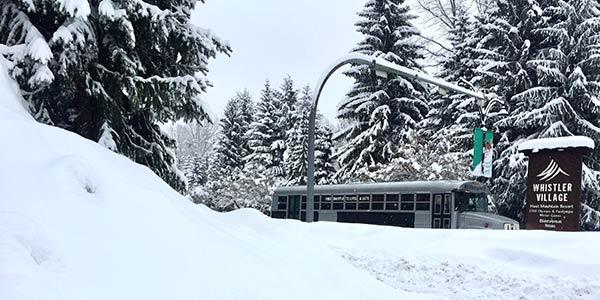 Verschneites Skigebiet Whistler, Kanada