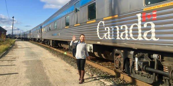 Vanessa fährt mit dem Zug von Toronto nach Vancouver