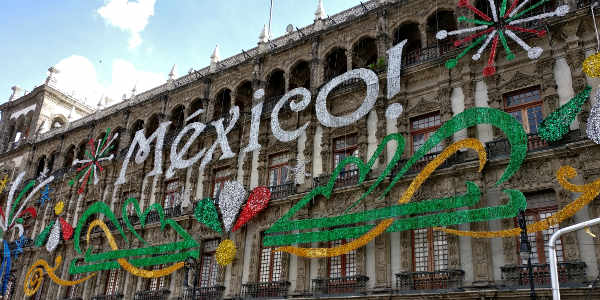 Mexico-Dekoration am Unabhängigkeitstag in Mexico City