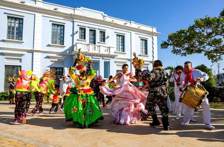 Volkstanz in Barranquilla in Kolumbien