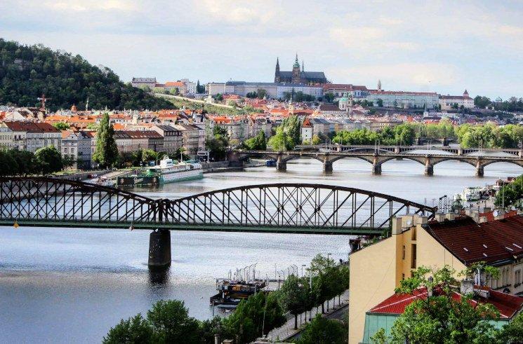 Praktikant*in in der Redaktion des LandesEcho in Prag