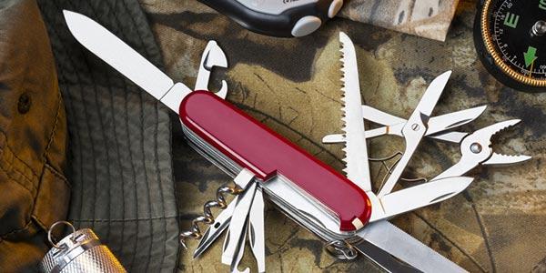 Ausgeklapptes Schweizer Taschenmesser