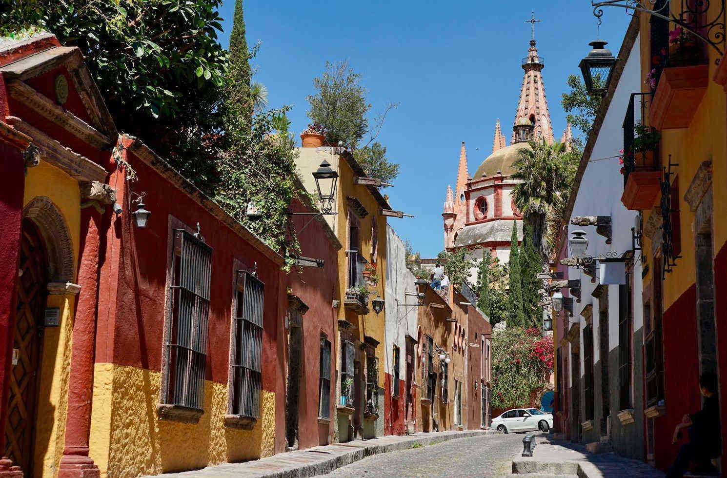 Parroquia de San Miguel Arcángel, San Miguel de Allande, Mexico