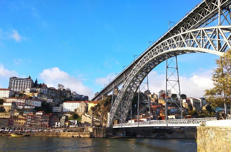 Dom Luis in Porto, Lissabon