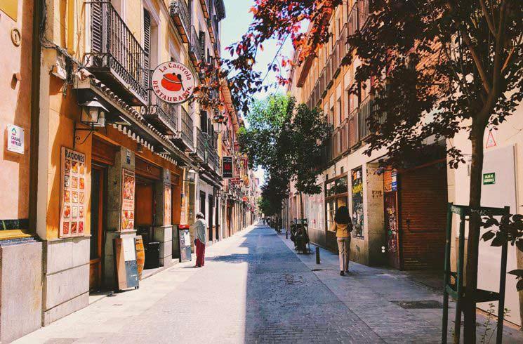 Straßenszene in Madrid, Spanien