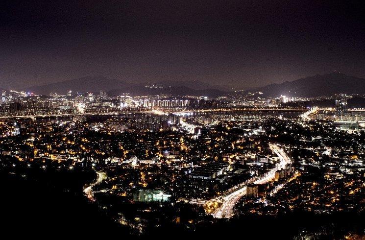 Seoul in Südkorea bei Nacht