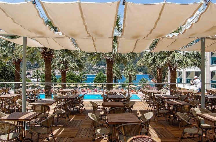 Hotel-Terrasse in der Türkei